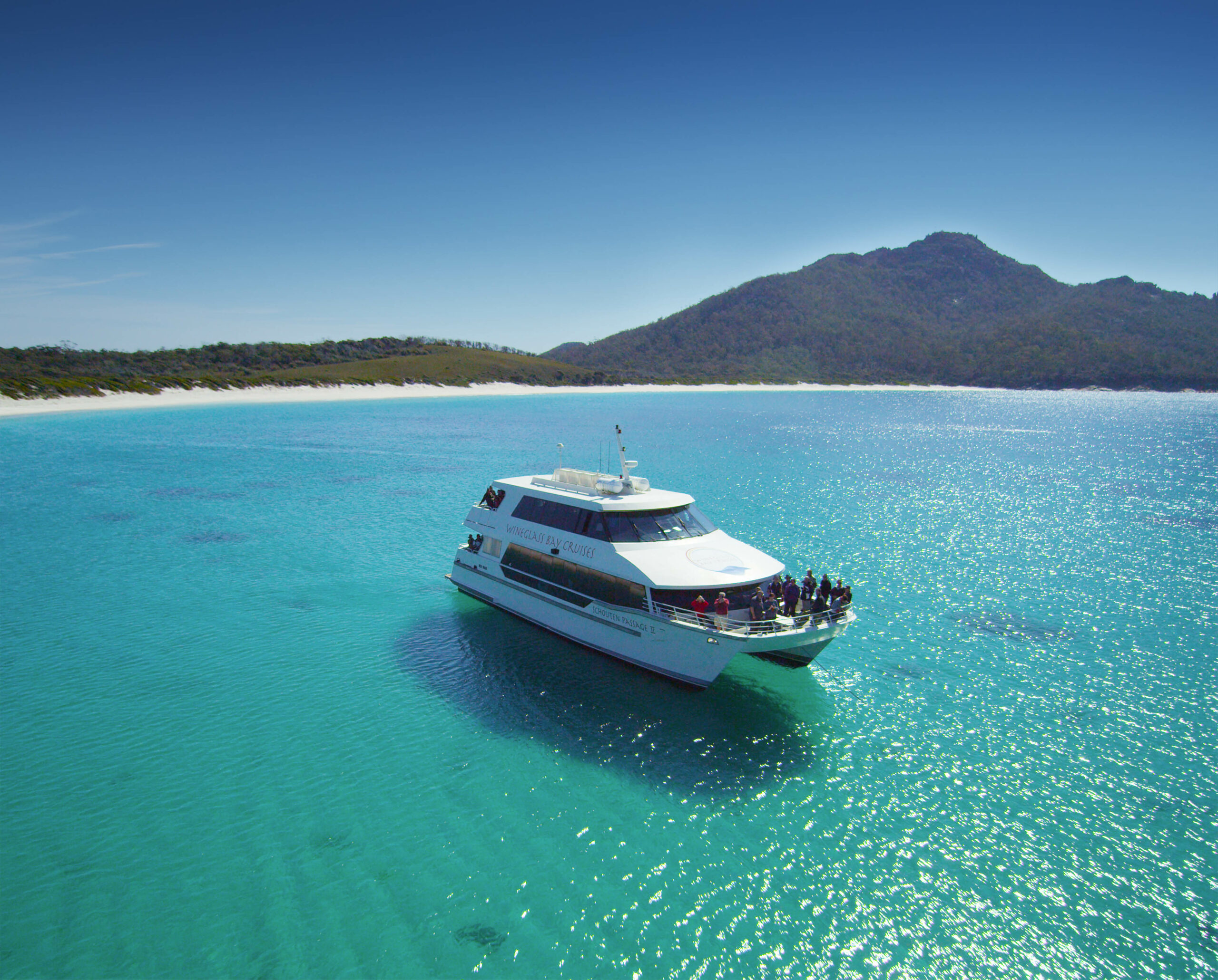 Wineglass Bay Cruises – Vista Lounge (including Ploughmans Lunch)