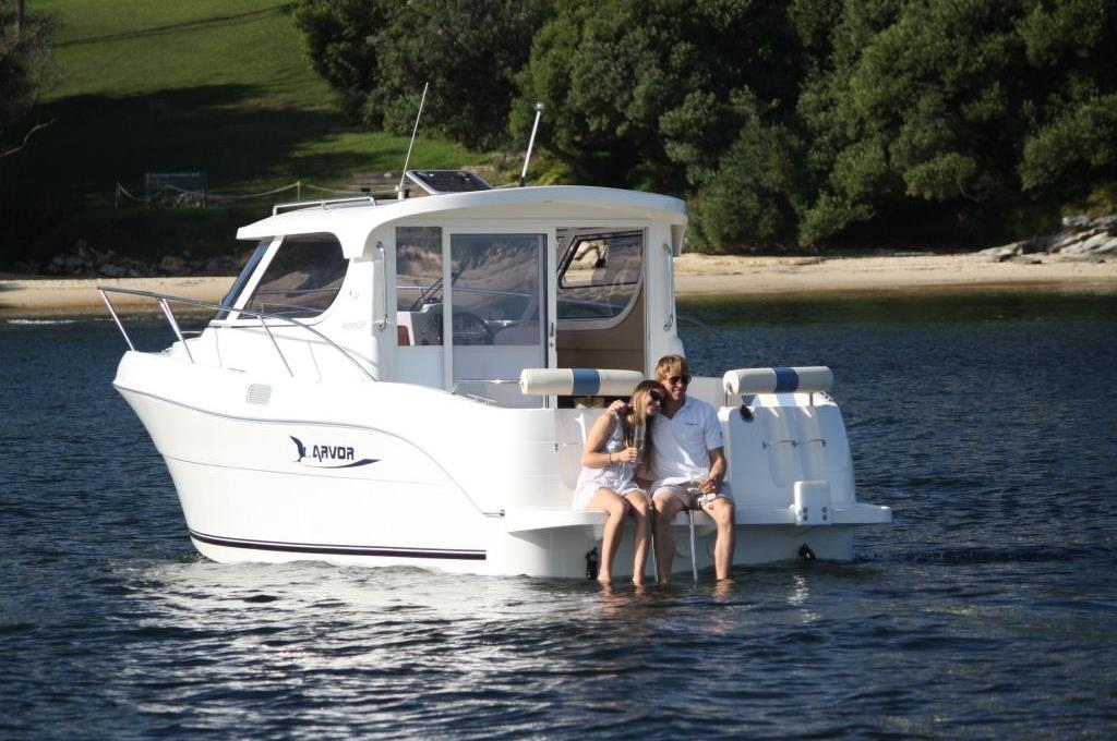 Self Drive Boat Hire Arvor 23 No license Required for up to 7 persons