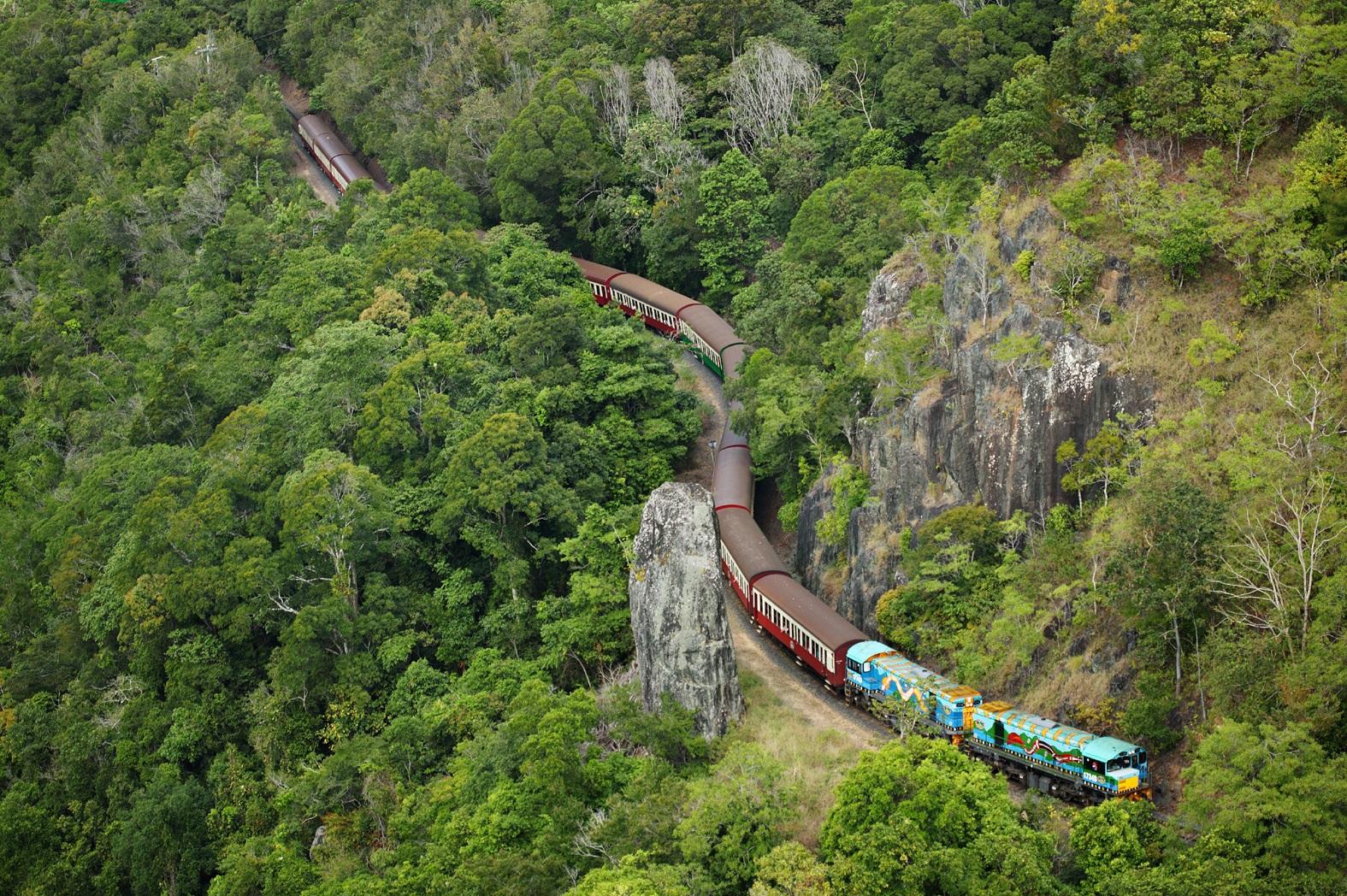 Kuranda: Scenic Rail and Skyrail Q-0850 S-1345 XC