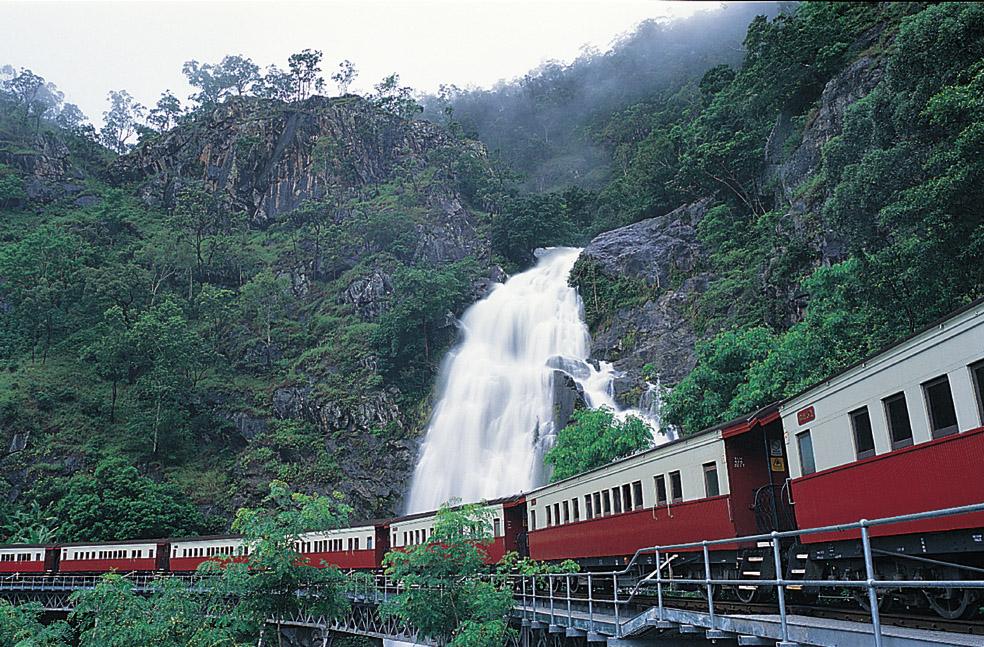 Kuranda: Scenic Rail, Rainforestation, Lunch and Skyrail (includes lunch) S-0945 Q-1530 XP