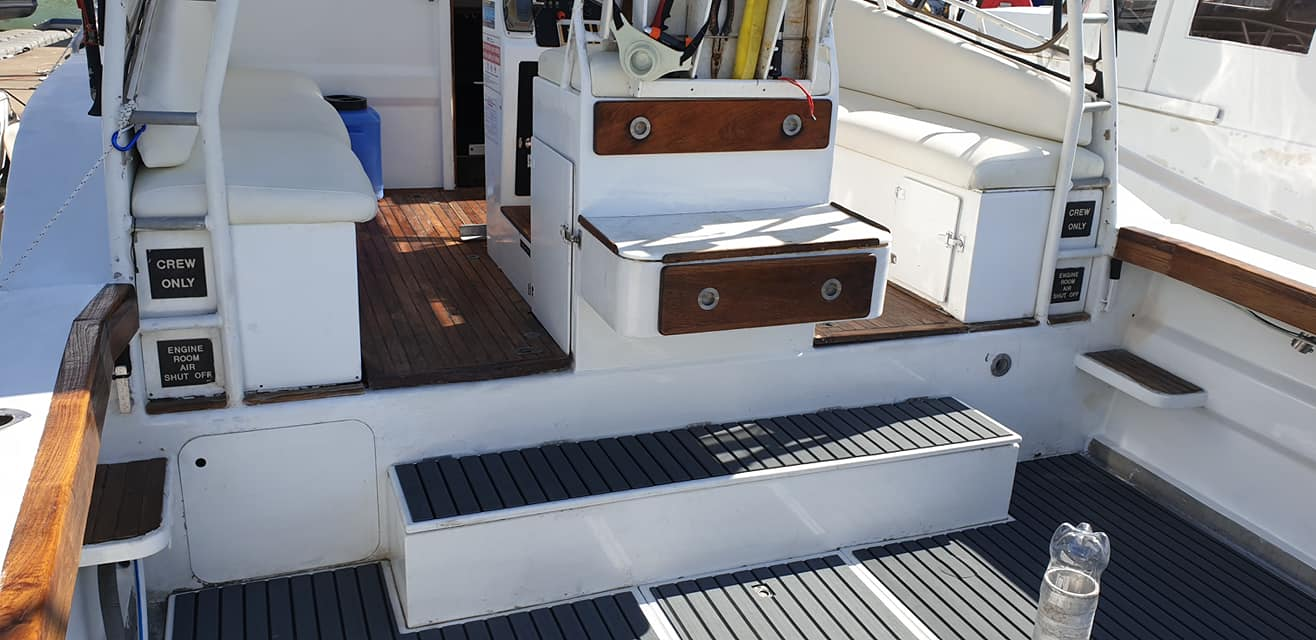 Overnight Reef Fishing Charter Whitsundays Inner Reef - Your Private Boat