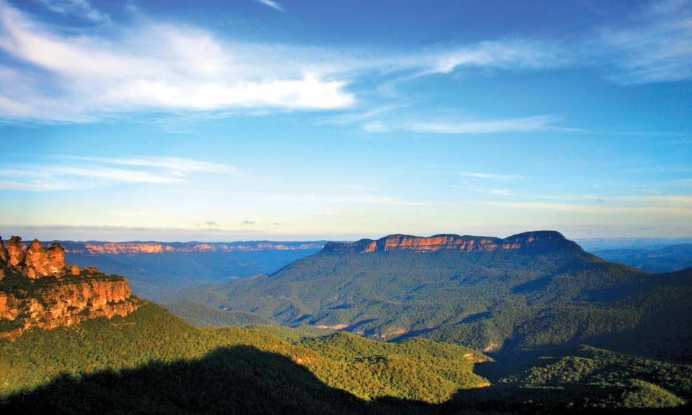 Blue Mountains, Cruise & Wildlife Park Tour from Sydney