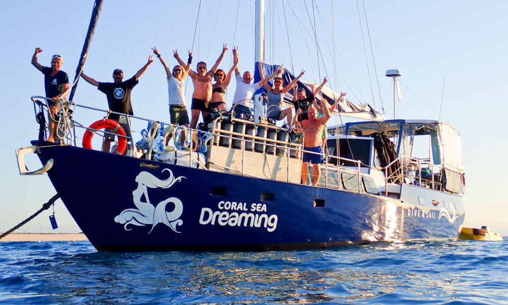 Great Barrier Reef Overnight Snorkel and Dive Sail Tour