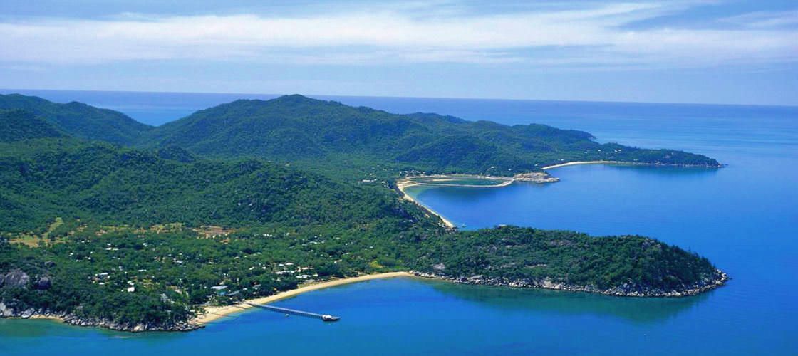 30 Minute Magnetic Island Helicopter Flight
