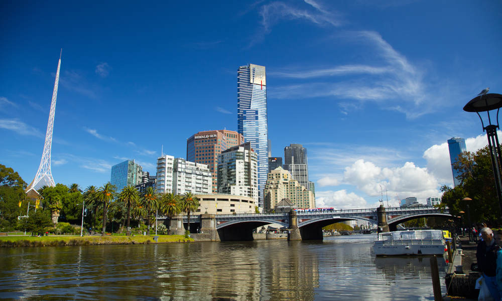 Melbourne City Sights Morning Tour with Yarra River Cruise