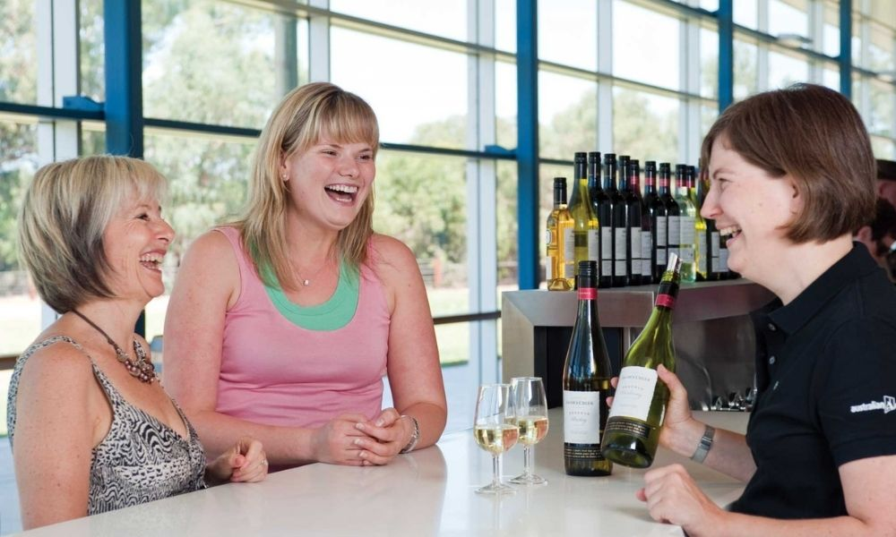 Barossa Valley Wineries and Hahndorf Day Tour