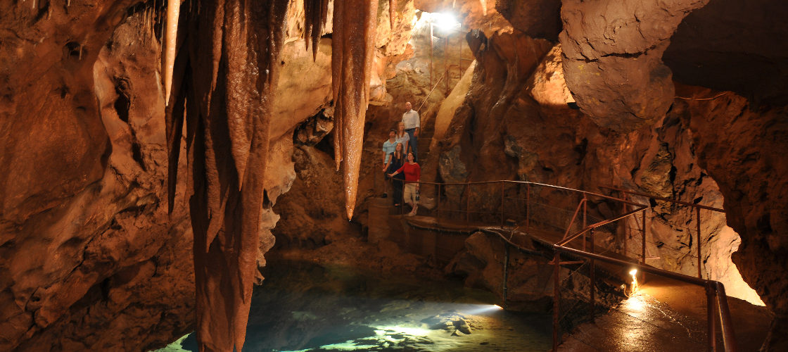 Full Day Jenolan Caves Tour from Sydney