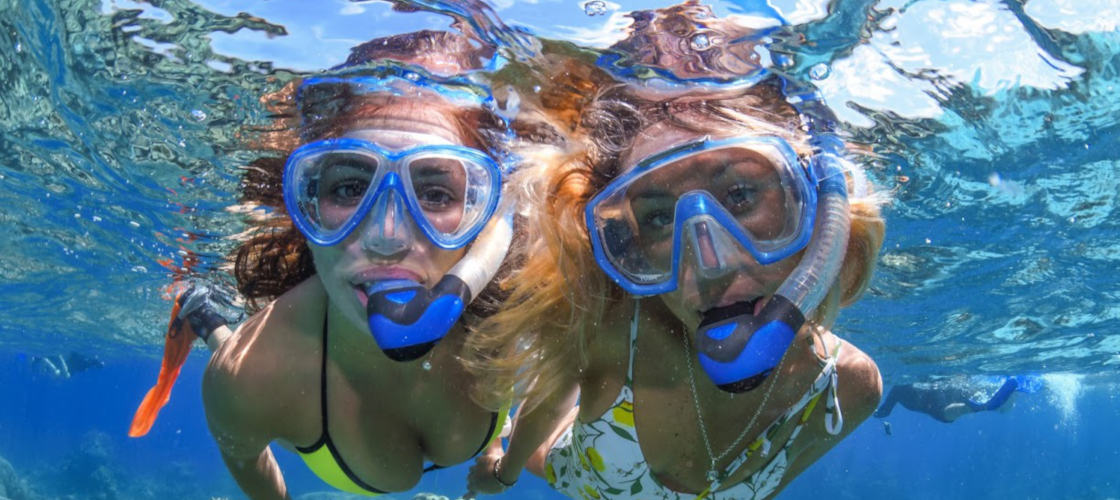 Great Barrier Reef Cruise and Scenic Helicopter Flight Package