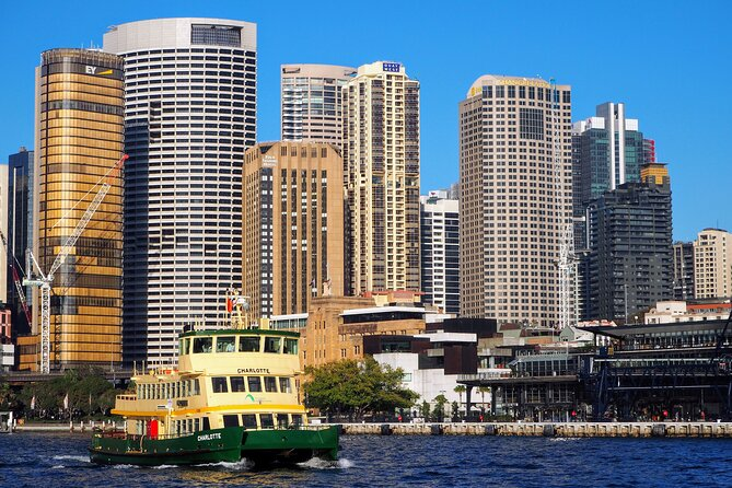 Quay People: Sydney Harbour Walking Tour with Coffee