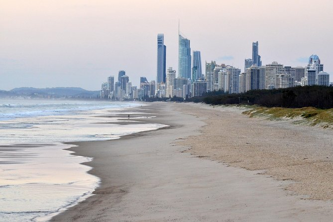 Luxury Brisbane Airport Transfers To and From Surfers Paradise for 2 Person