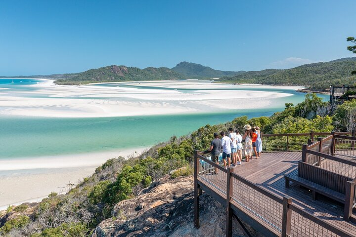 4-Day Fabulous Tasmania Tour: Wineglass Bay, Port Arthur, Devils & Bruny Island