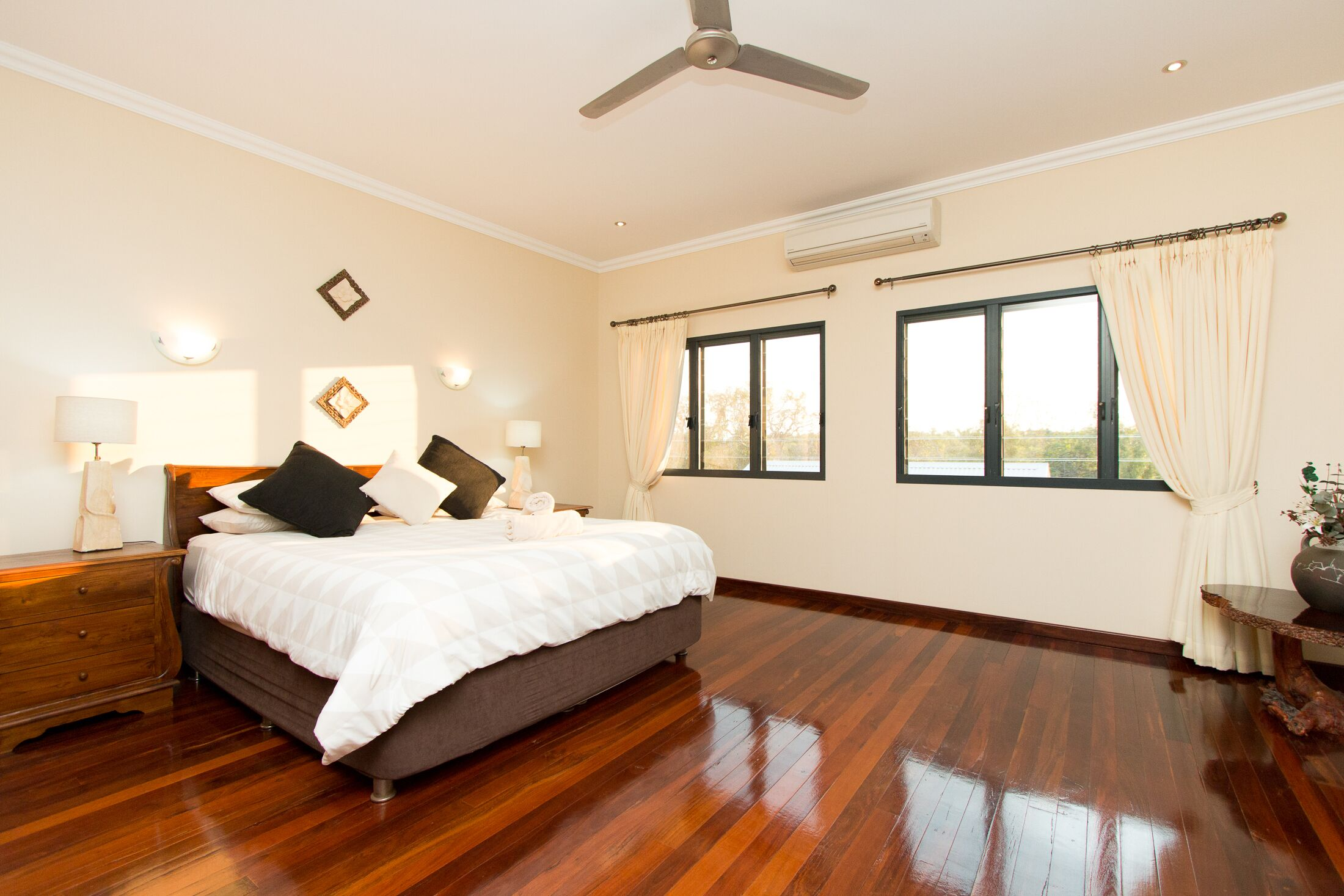Luxury Boutique Accommodation 'Breezes of Broome' in Cable Beach