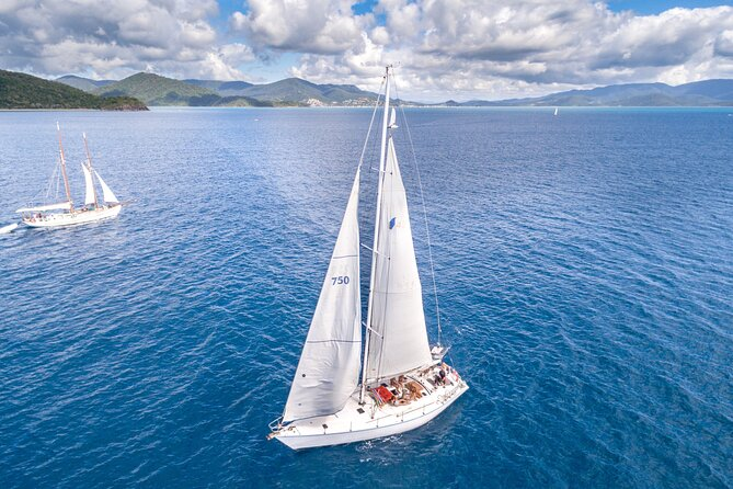Small-Group Queensland Full-Day Sail Retreat Experience
