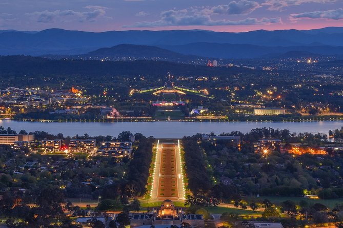 "Guided Tour ""Love Stories of Canberra"""