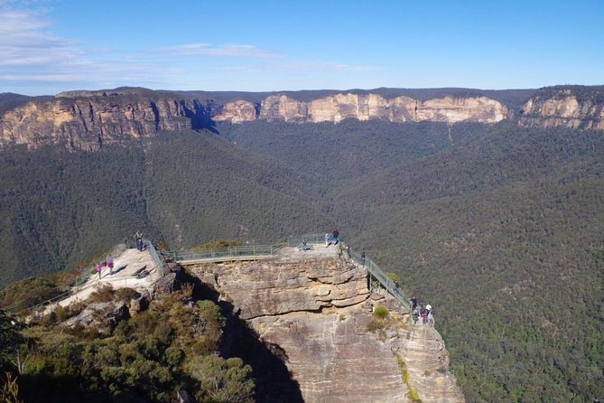 Blue Mountains Private Day Tour from Sydney with Wildlife Park and Cruise