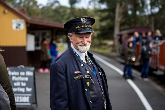 Puffing Billy, Moonlit Sanctuary & Penguins Day Tour