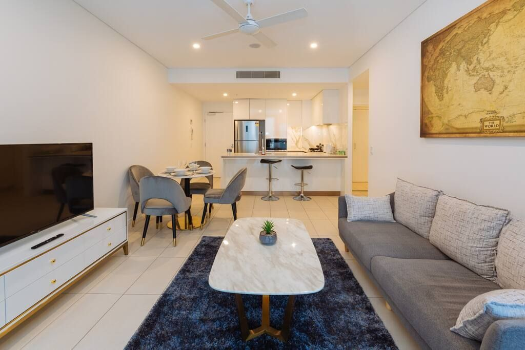 Stunning 2bed Apt @ Southbank W/ Pool & Parking