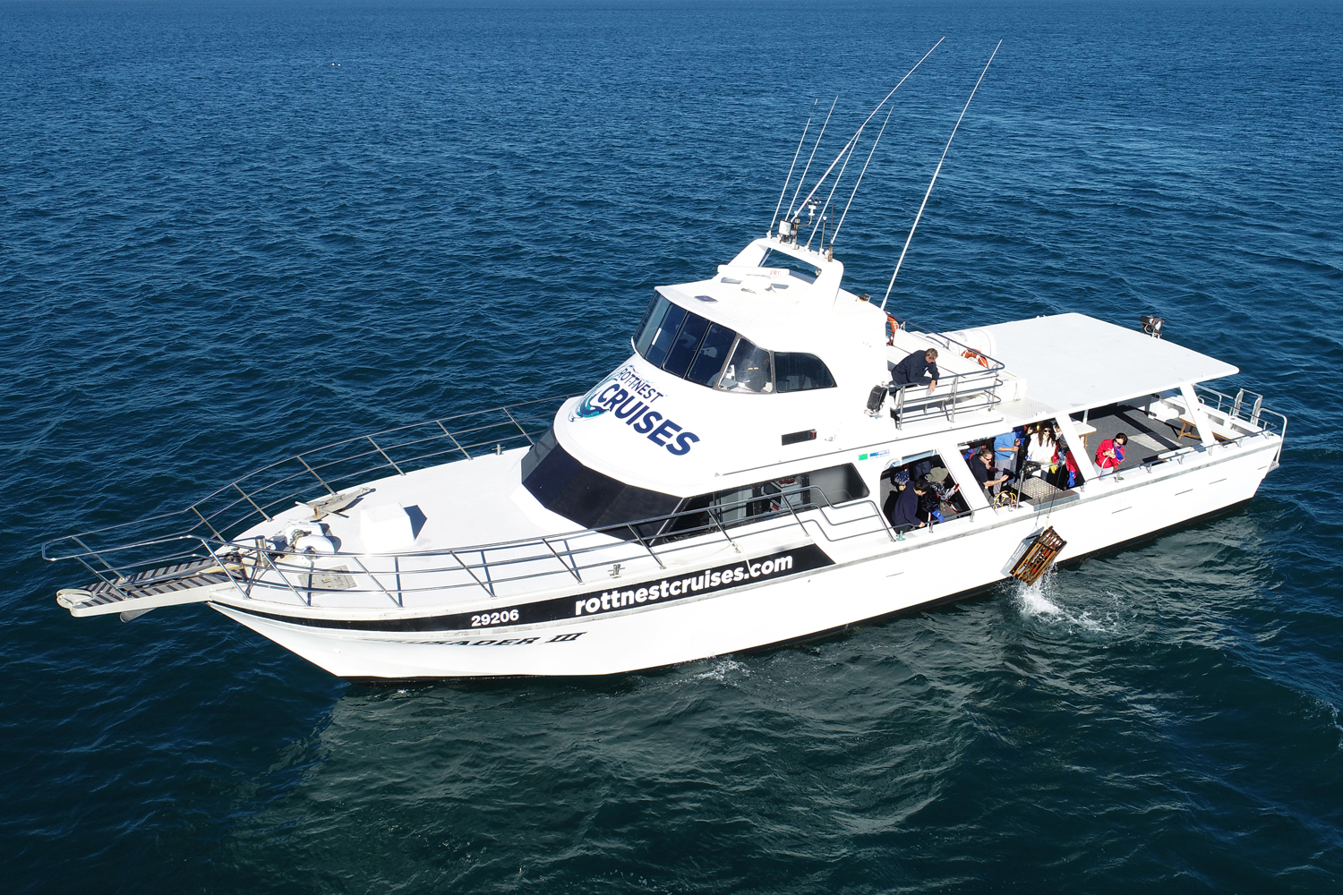 Full-Day Package: 5-Course Seafood Banquet Cruise & Ferry Transfers from HILLARYS