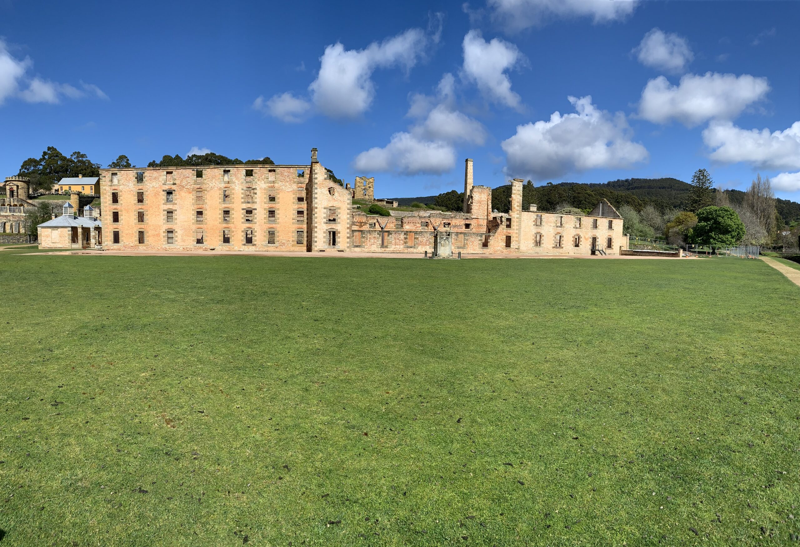 Shuttle to Port Arthur Historic Site and Unzoo