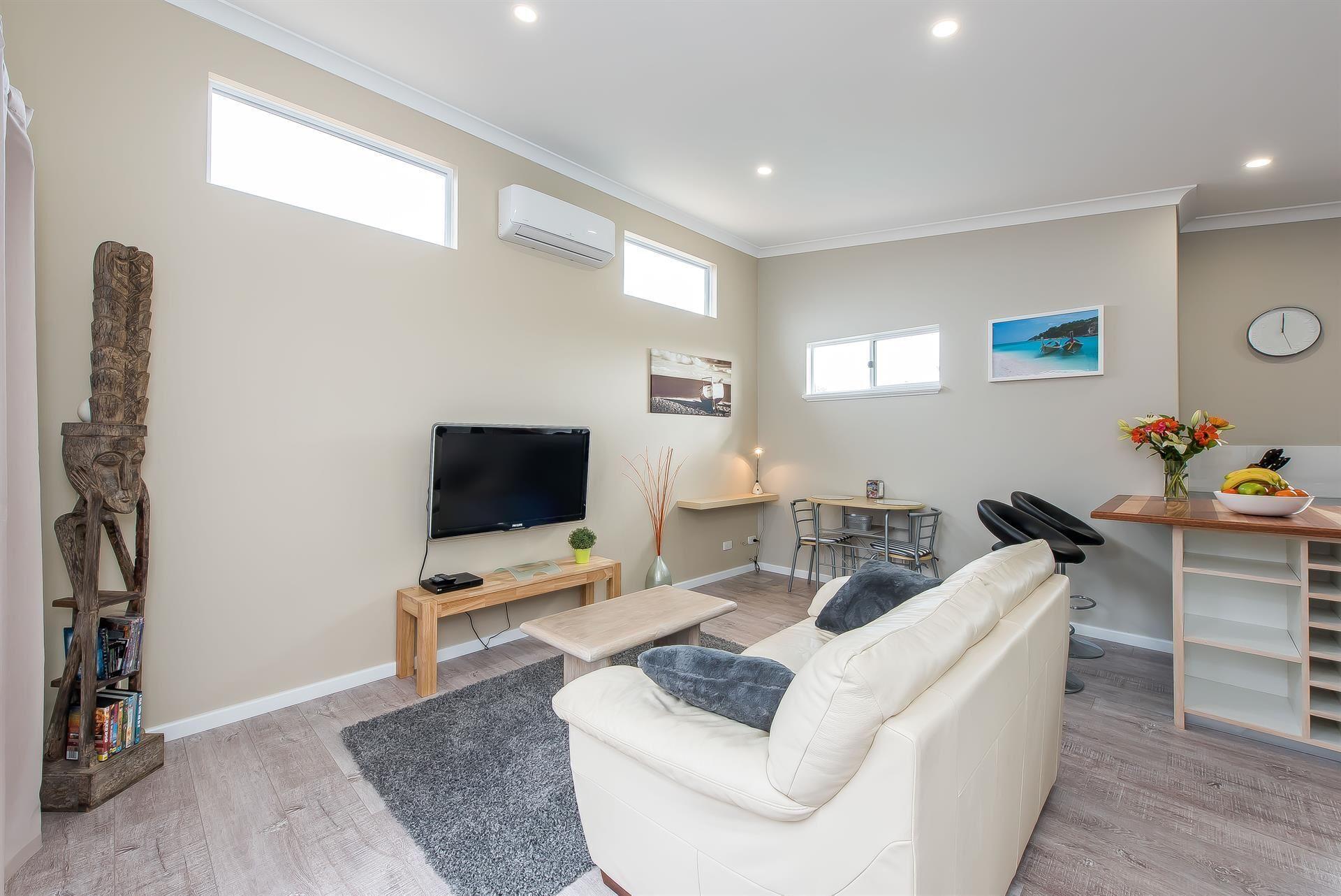 Prestigious Northshore Guest House – Comfortable Living Close To Mullaloo Beach