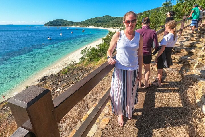 Glass House Mountains Abseiling Experience
