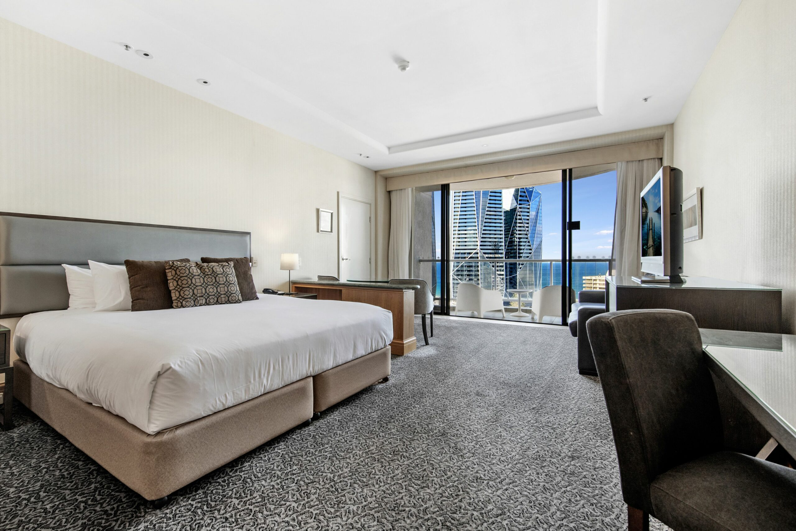 Gold Tower Private 17th Level Suite with Ocean Views