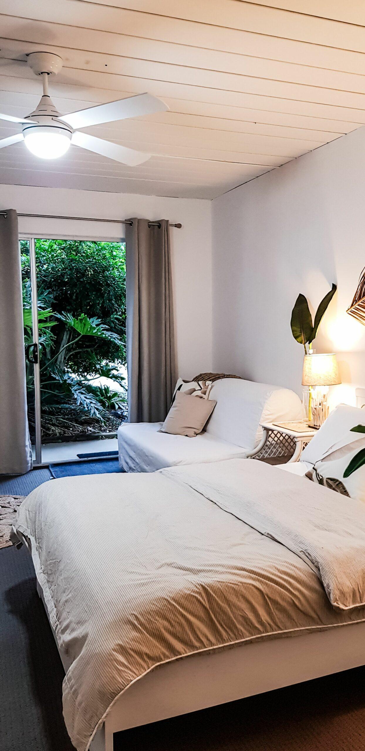 Koco Palms Guest Suite- Korora, Coffs Harbour- 5 Mins Walk to the Korora Beach