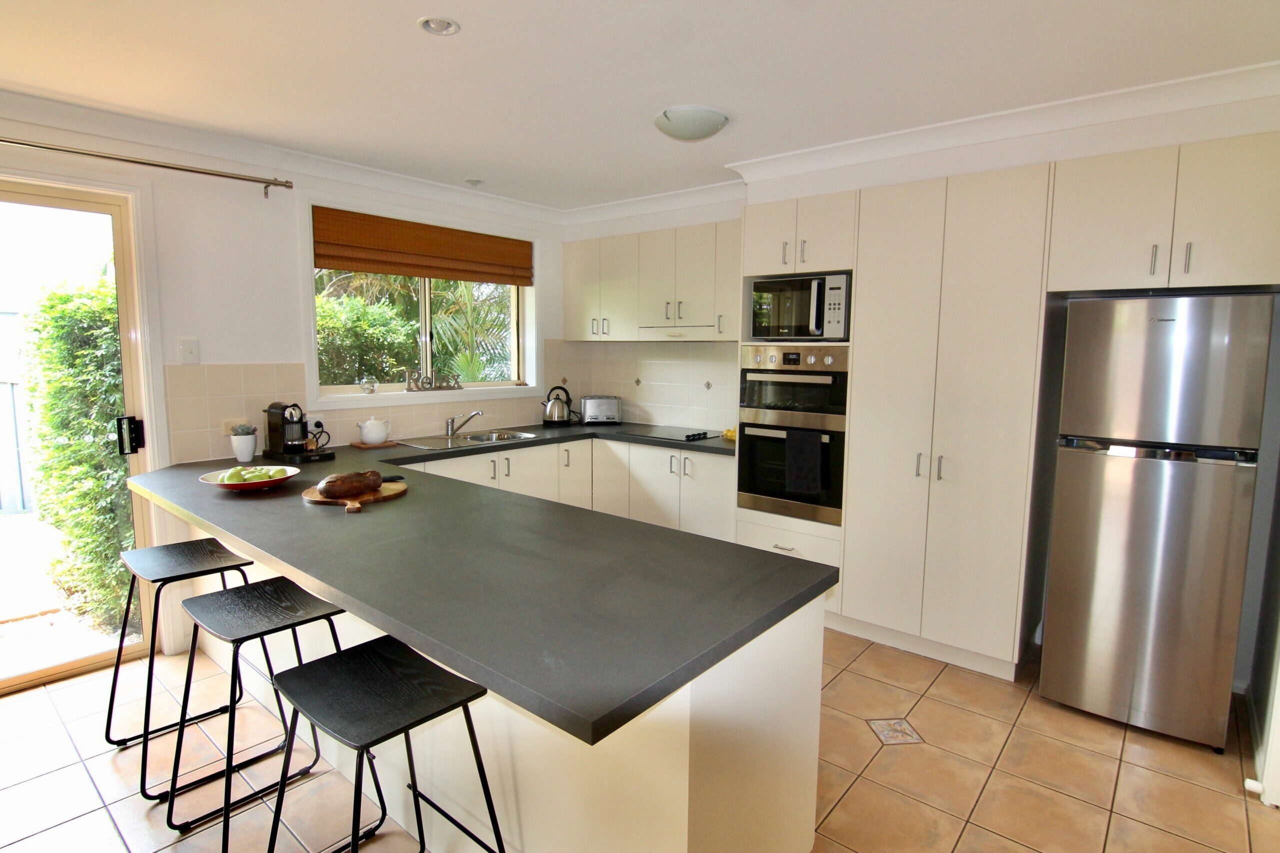 Diggers Beach Hideaway, Coffs Harbour - New Listing! Prime beachside location