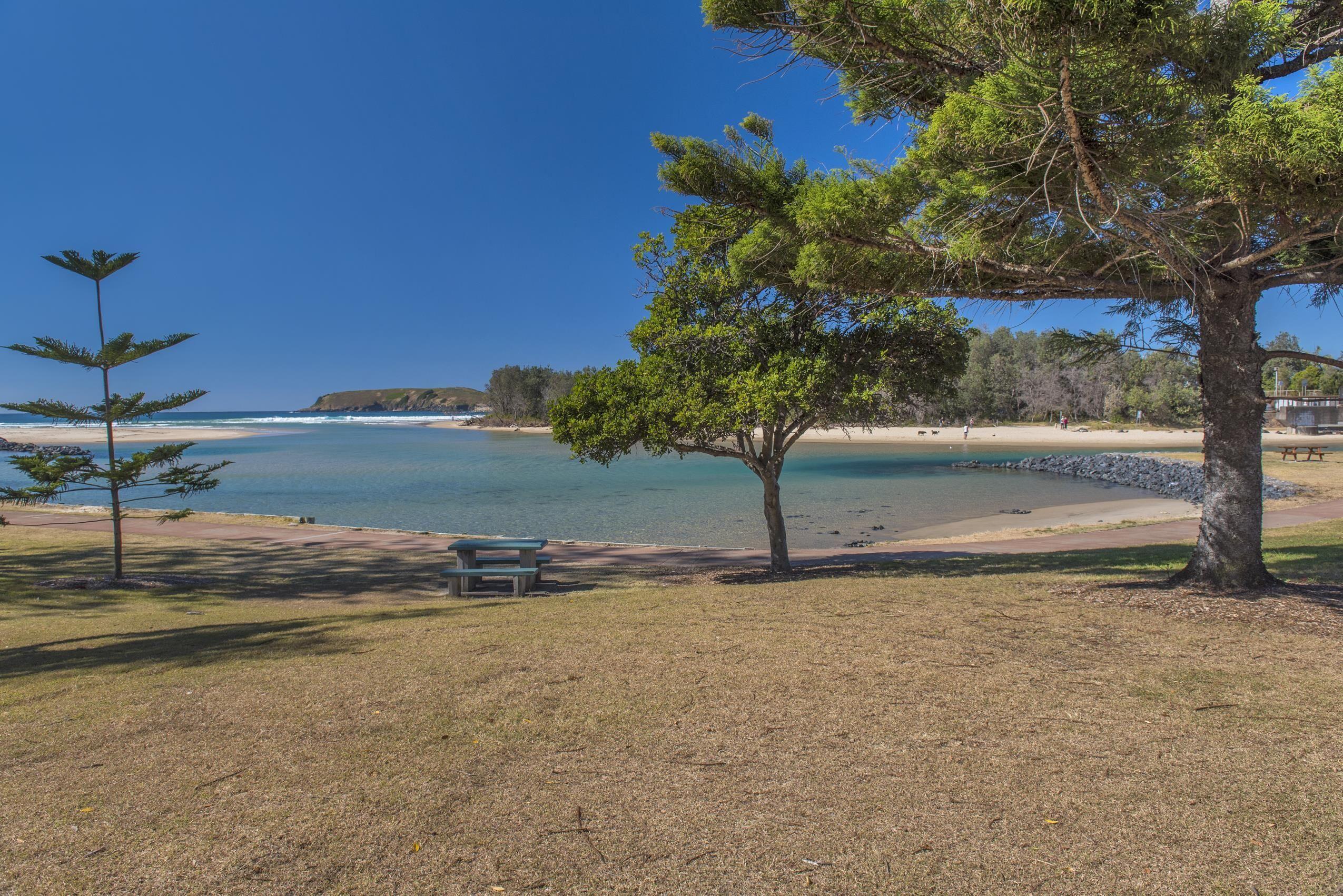 Iroise Beachside Opposite Park Beach With Ocean & Hill Views