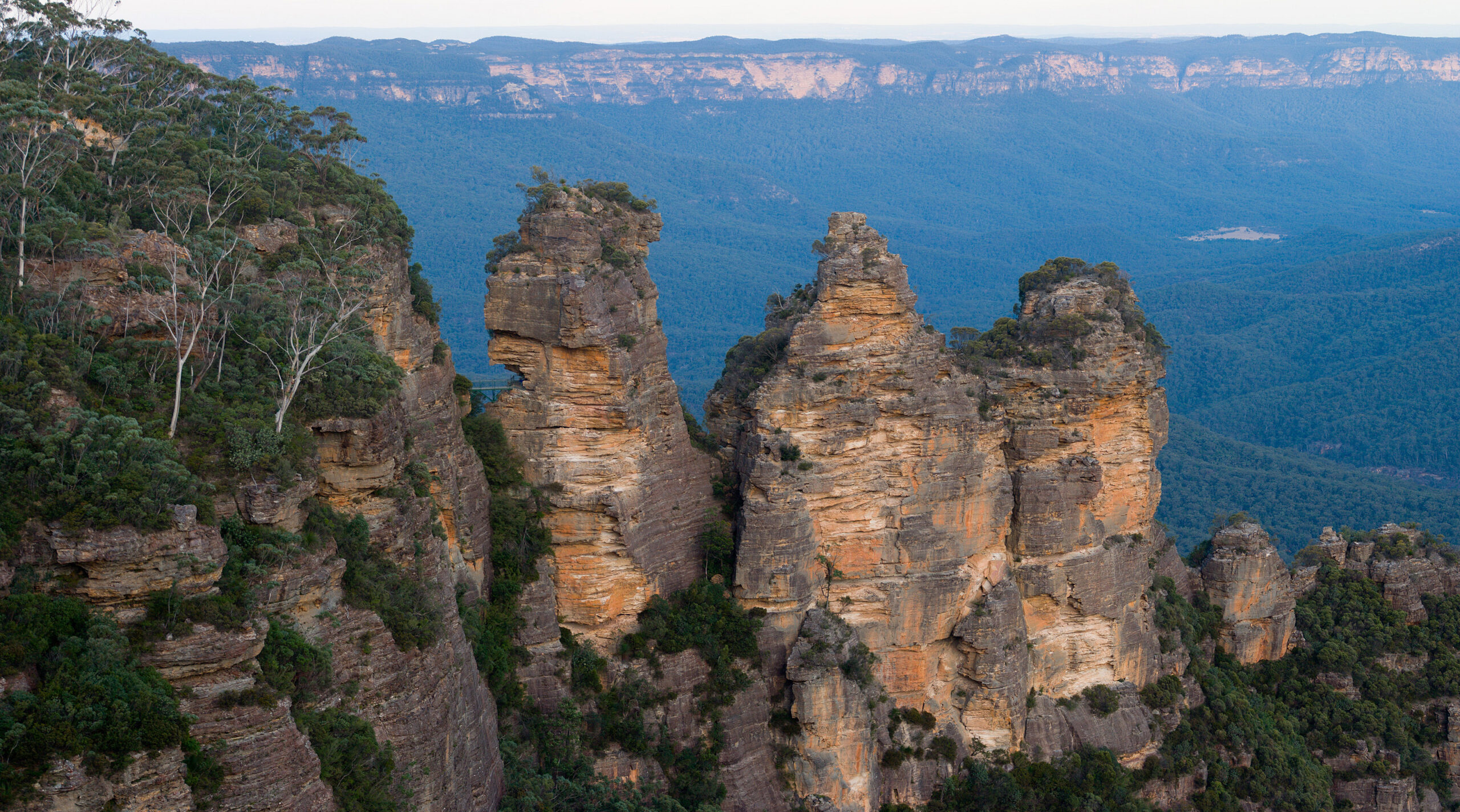 Blue Mountains Hike the World Heritage