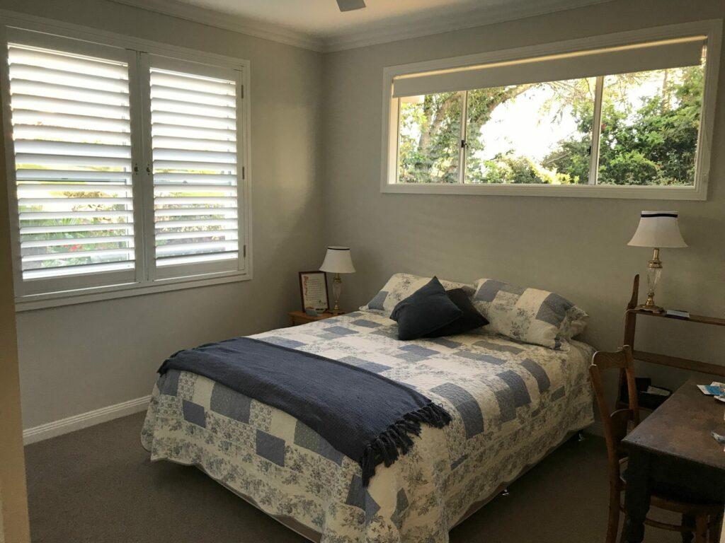 Jetty Splendour Guest Bedroom BnB with en-suite bathroom