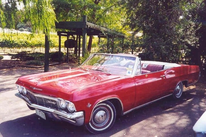 CHEVY CONVERTIBLE Package for 4 -Wine Lunch Cheese & Chocolate from Yarra Valley