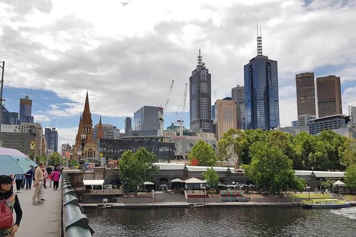 Guided walking tour of Melbourne